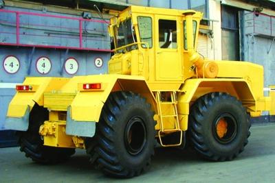 Кировец К-703МА и К-703М -Промышленные тракторы (полноприводные тракторные модули)
