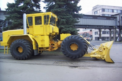 Трамбовщик силоса Кировец ТСН-5